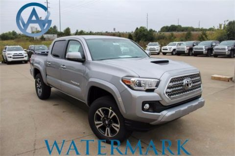Pre-Owned 2017 Toyota Tacoma TRD Sport Double Cab
